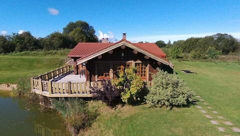 Sodyba prie Balčio- Log cabin near the lake Baltis