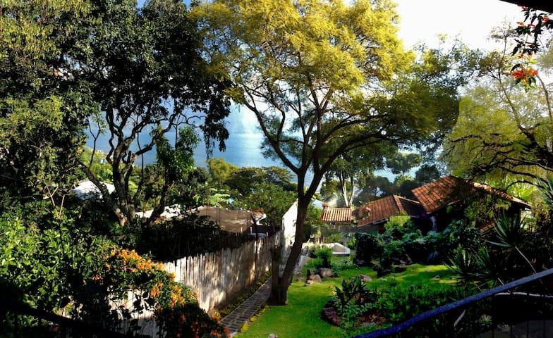 La casetta nel giardino
