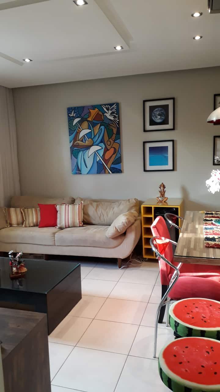 Apartamento confortável e próximo do centro.