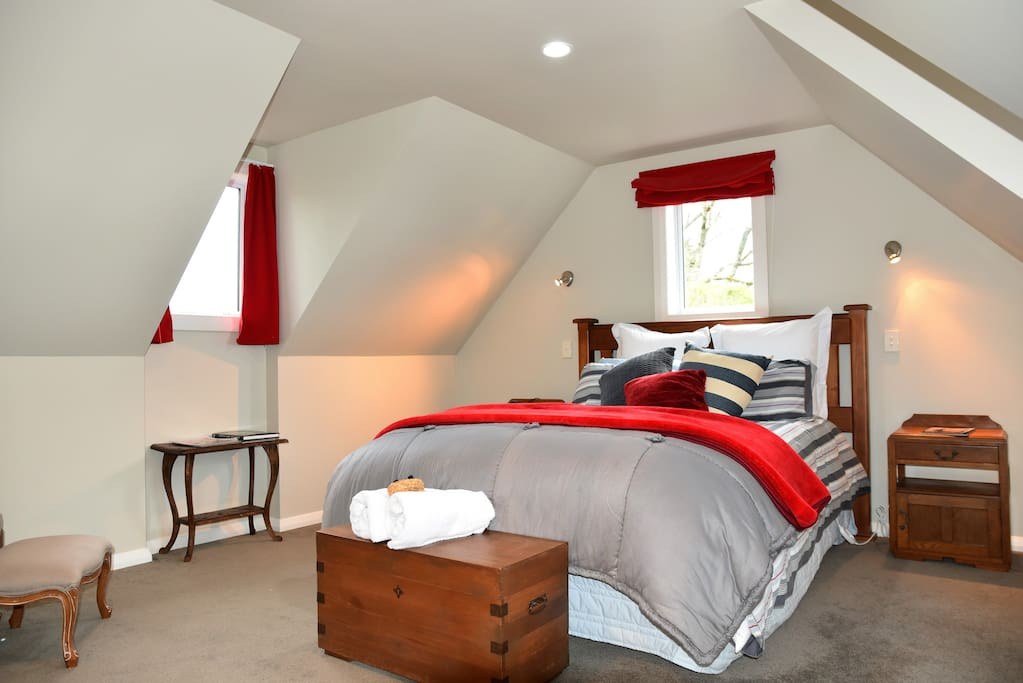 King Room in the Loft