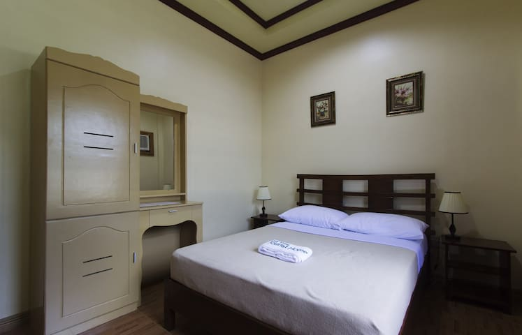 Dayview Tourist Home Standard Rooms - Tagbilaran City - Talo