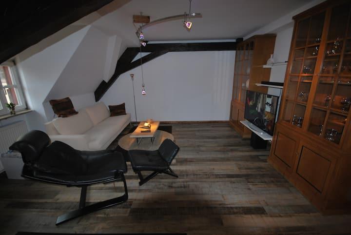 Exclusive, zentrumnahe 2-Zimmer-Wohnung, ca. 72 qm