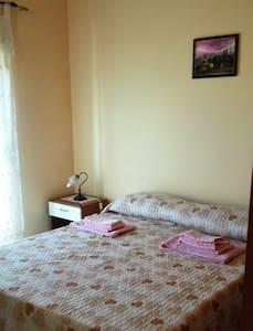 Mini appartamenti in centro storico di Lascari - Lascari - Appartamento