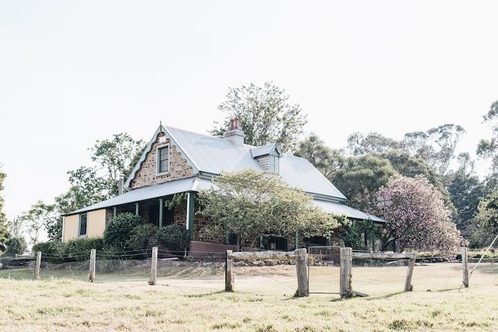 Danesbank - Milton heritage dairy farm cottage