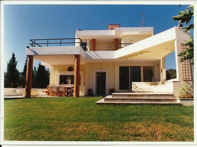 Unique aesthetics villa with great Garden