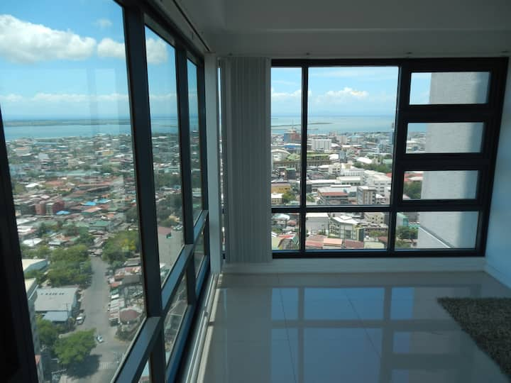 FLOOR 27, SPECTACULAR CONDO, ULTRA FURNISHED!!