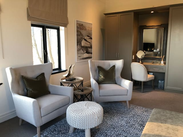 Villa Suite 4