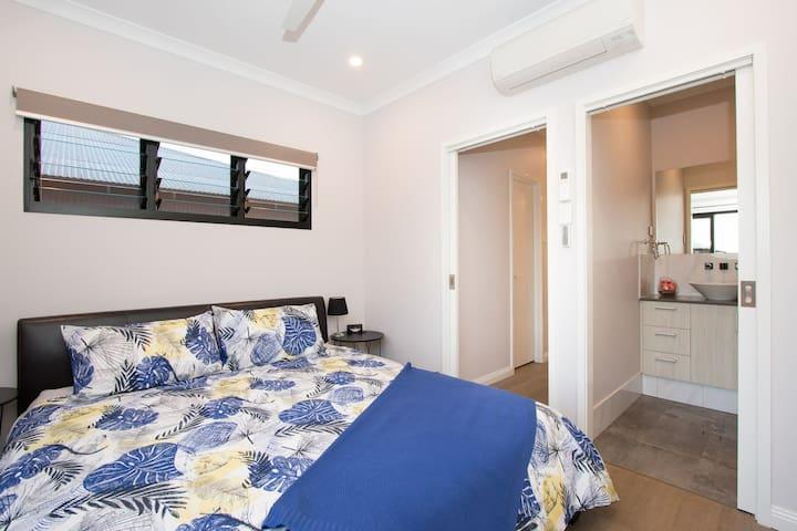 Luxury apartment with sunset views - Bilingurr - Chambre d'hôtes