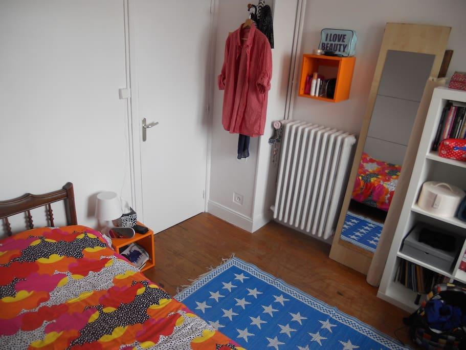 chambre meubl e caen appartements louer caen normandie france. Black Bedroom Furniture Sets. Home Design Ideas