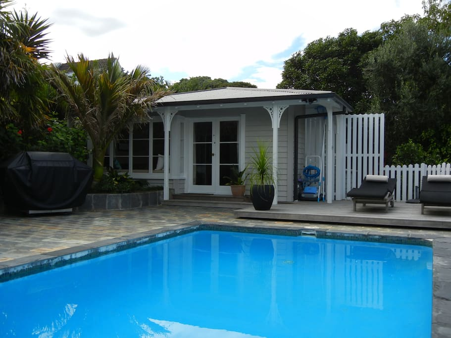 The Pool House, is a completely self contained, private studio apartment, located in the back garden of the main property.