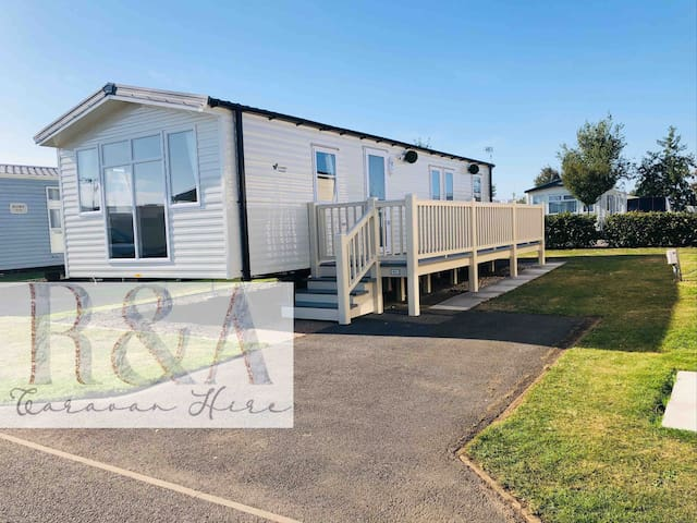 New Deluxe 8 berth caravan - Golden Sands, Haven