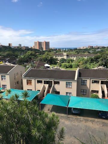 Self Catering Apartment Close to the Beach!! - Amanzimtoti - Appartement