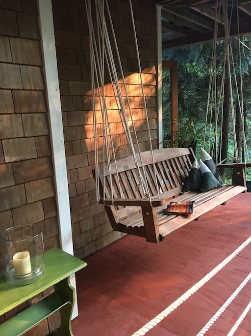Dining Cabin Porch Swing