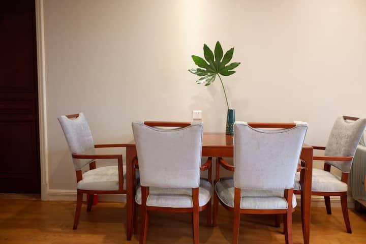 【不二居】江南园林中的高档精装修别致两室公寓  小区为中国养老地产典范  配套齐全 近景区