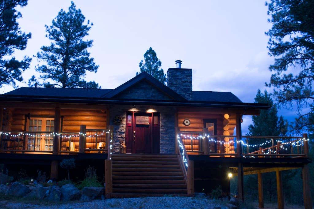 Lovely log cabin near fernie b c cabins for rent in for Fernie cabin rentals