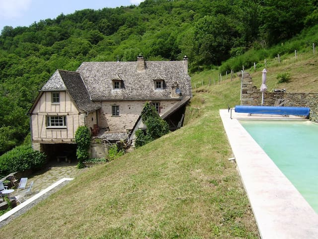 17th century hermitage - Conques - Cabin