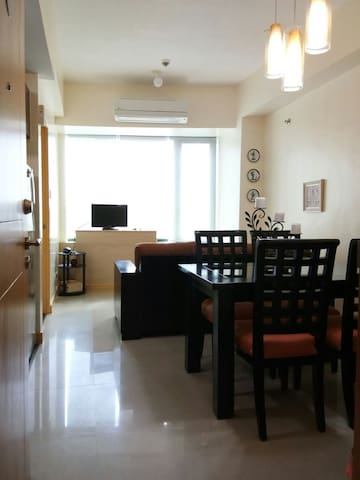 Eastwood 1 Bedroom | beside Grand Mall | Free WiFi