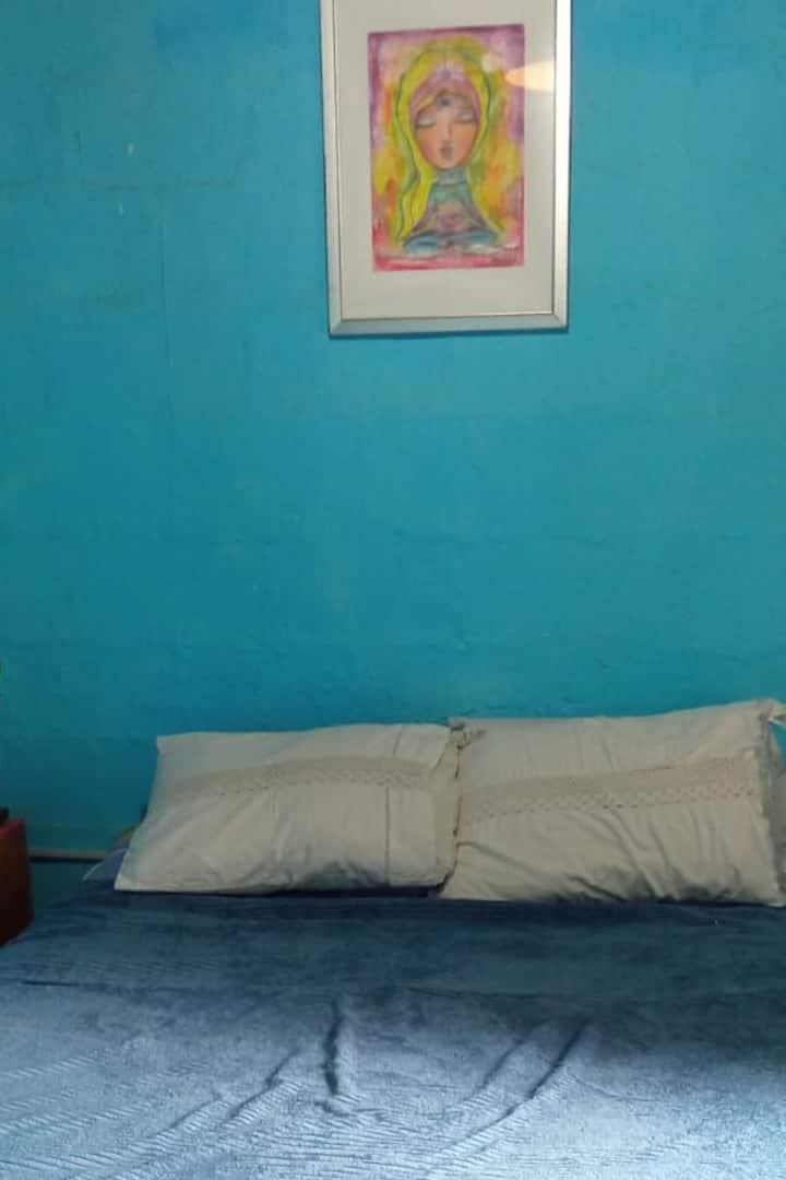 Itakaraí Hostel (Santos Mantos)