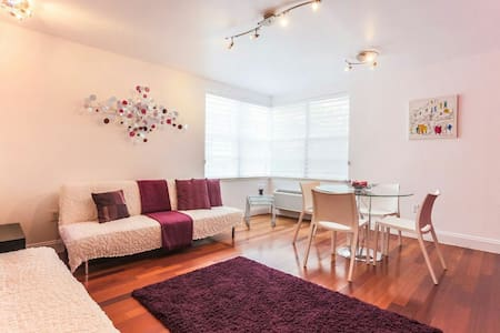 Fully furnished with POOL and DECK - Dundee - Квартира