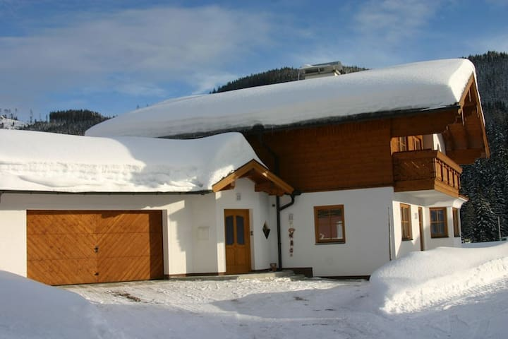 Luxury 5 bedroom chalet in Filzmoos Ski Amade - Filzmoos