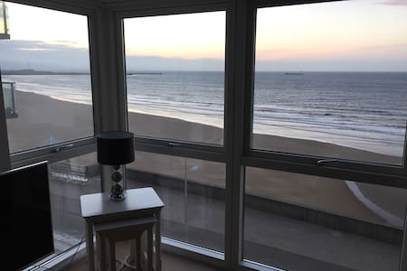 Beach Front Apartment in the Perfect location