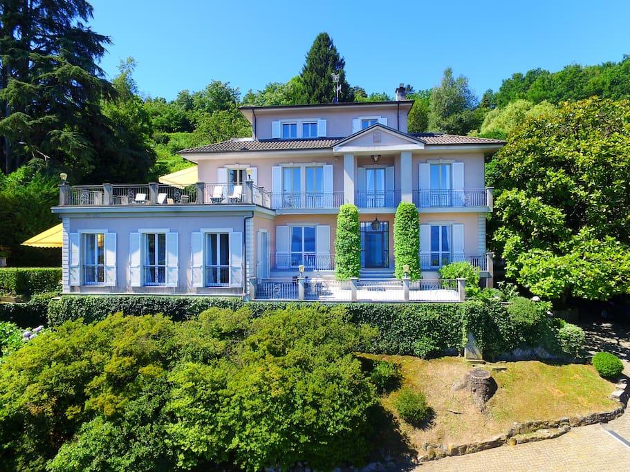 Villa Belvedere, Meina Lake Maggiore - NORTHITALY Villas Vacation rentals