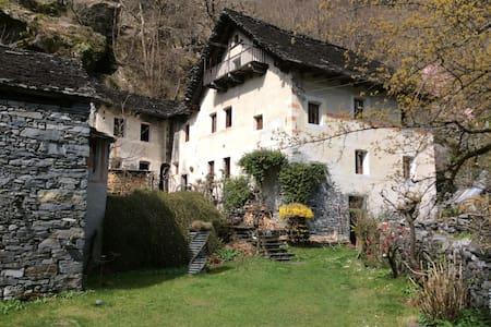 Ca'd' Bariff Vallemaggia - Cevio - Talo