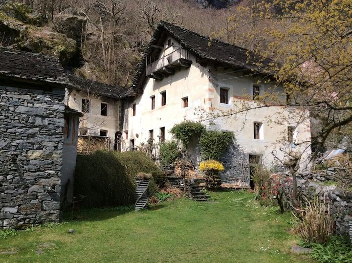 Ca'd' Bariff Vallemaggia
