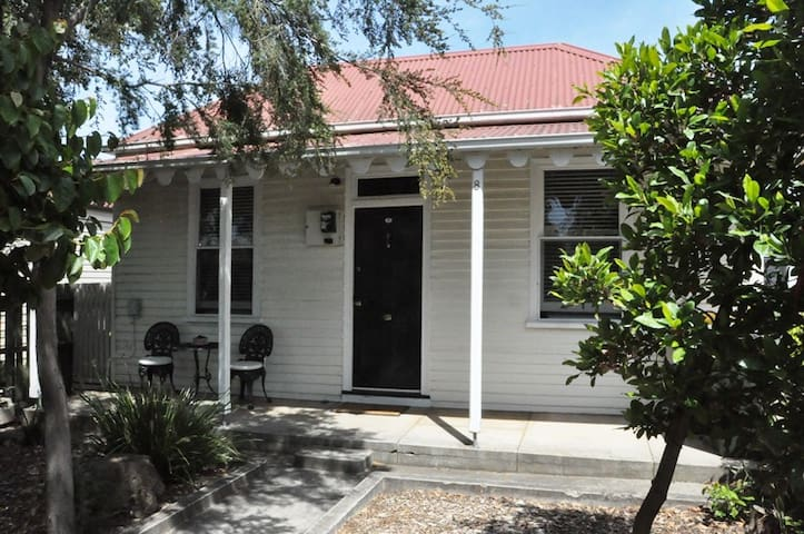 Best Value 3BR House in Ballarat Central - Ballarat Central - Rumah