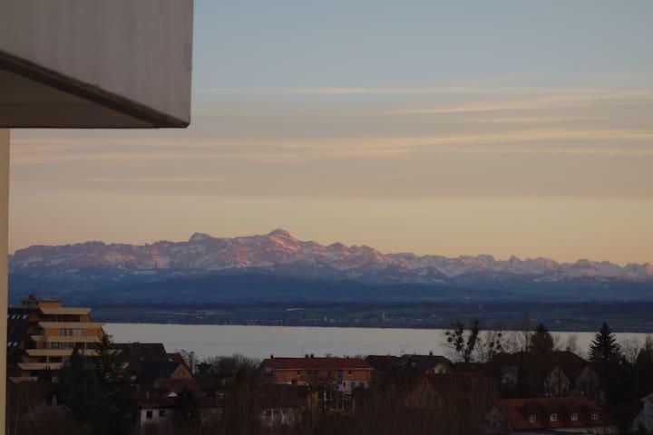 Große Ferienwohnung mit See & Alpenblick - Meersburg - Lejlighed