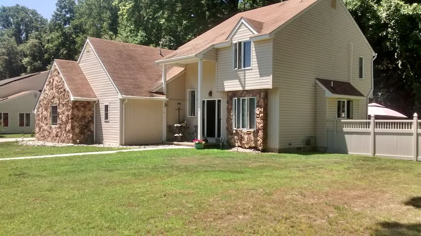 Perfect for 4+(not entire home) - Pennsville Township - House
