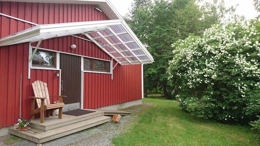Studio apartment, Ilomäki farm