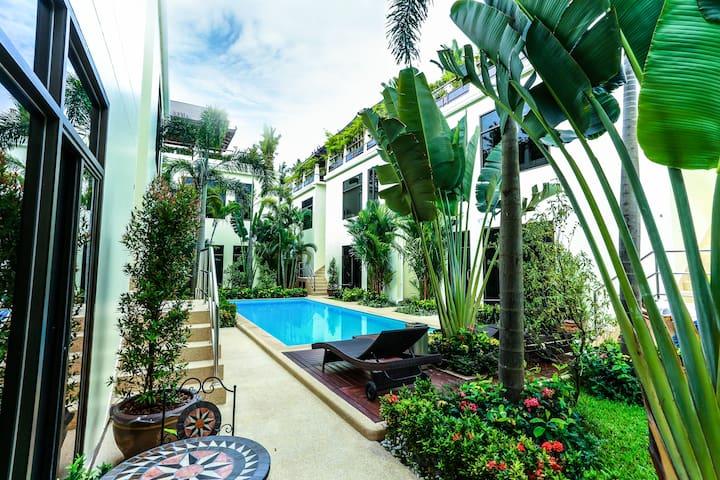 Studio-Apartments with pool access⛱Nai Harn Beach