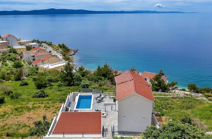 **LASTMINUTE** Villa Legero with swimmingpool
