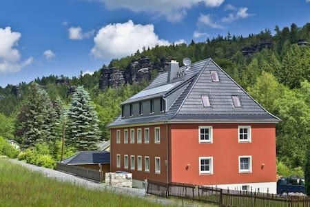 Felswelten | Erlebnis Sächsische Schweiz - Rosenthal-Bielatal - Domek gościnny
