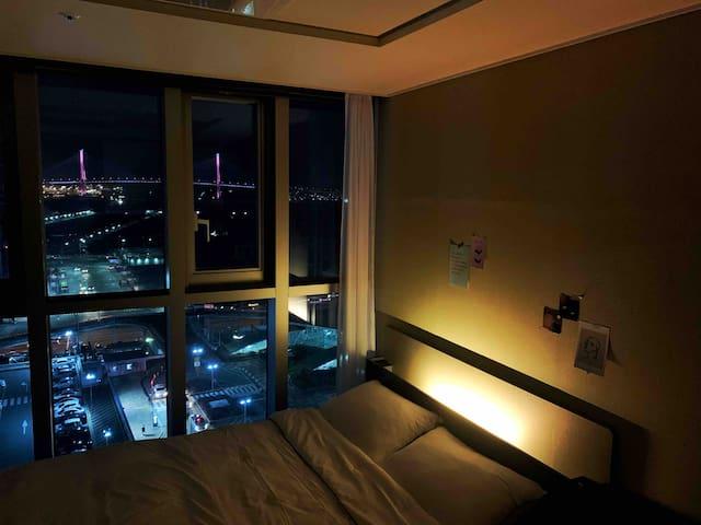 🚄방콕특집🌃Luxury View+Ocean View / 부산역 뷰 맛집_'봄 프로모션'