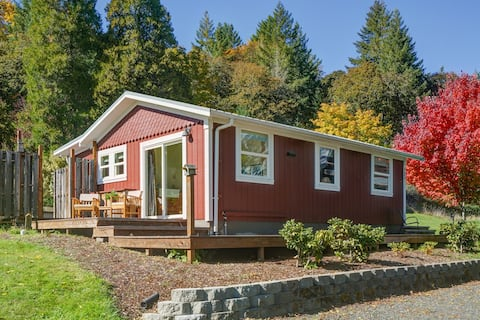 Redbud Guest House