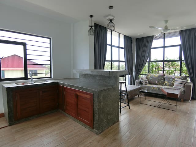 Popular- Private Apartment+Pick up - Krong Siem Reap - Apartment