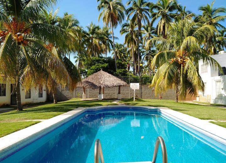 Lugar donde habitan las palmeras  🌴🌴🌴