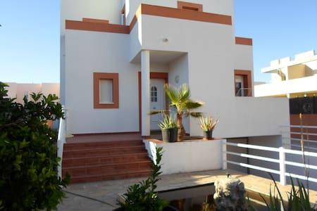 Preciosa casa en Cala de Bou cerca de la playa - Sant Josep de sa Talaia - House