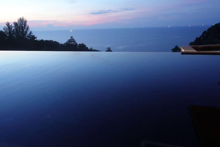安达拉印主题别墅酒店——三卧室泳池别墅