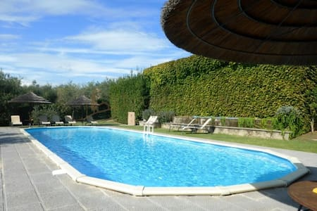 Brigidino with pool & tennis court - Lamporecchio - Casa