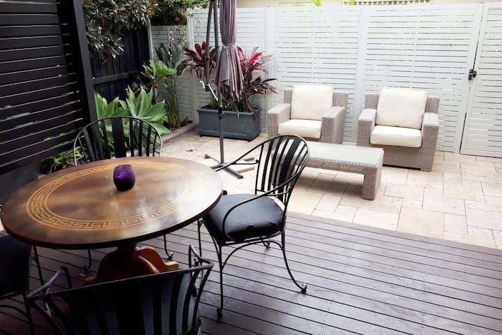 Fabulous Coogee / Randwick Garden Apartment