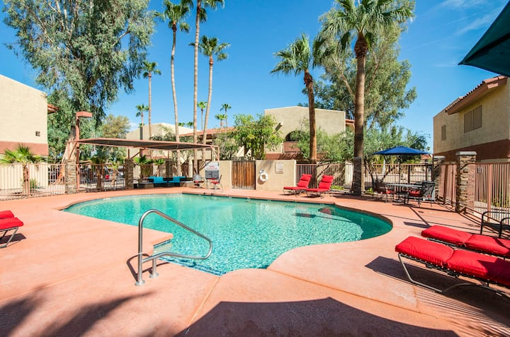 41B - Casa Grande modern 1bd condo heated pool