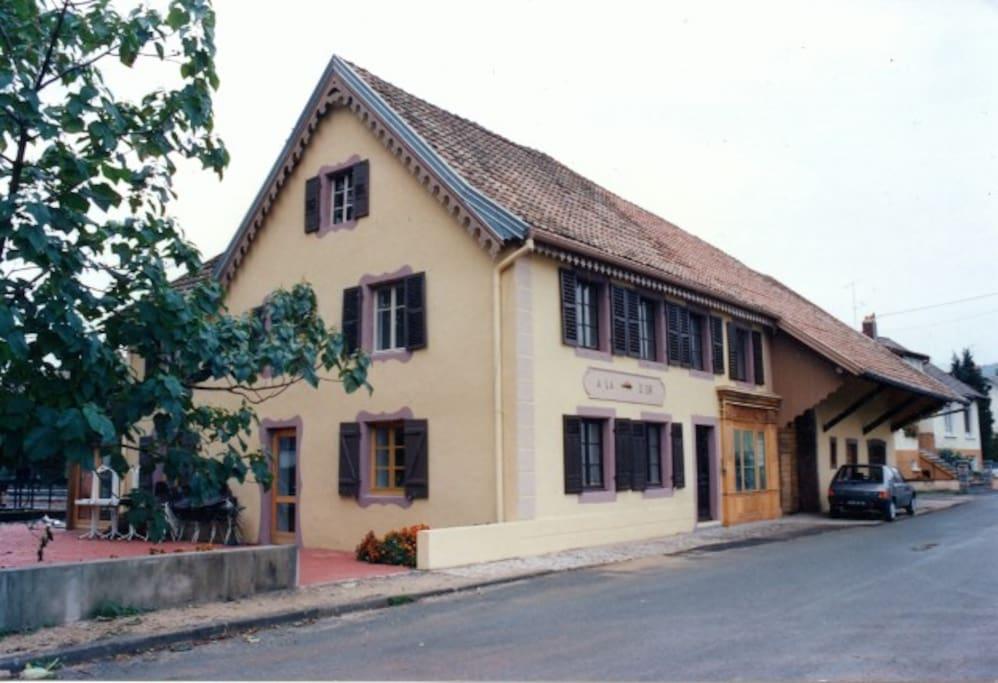 Maison historique qui a hébergé Alphonse Daudet