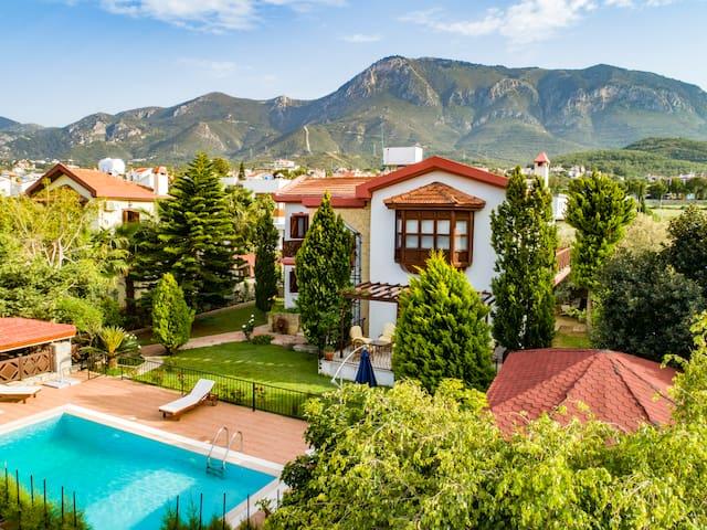 Villa Papaya Kyrenia Cyprus