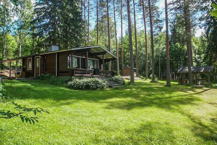 Summer Cottage Siesta