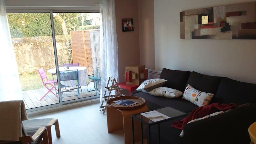 Appartement avec terrasse et jardin - Foix - Byt