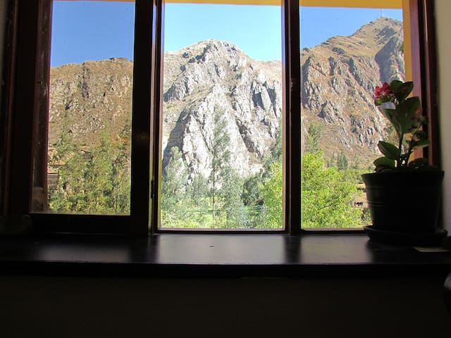 Condor Room Casa Patacalle - Ollantaytambo - Bed & Breakfast