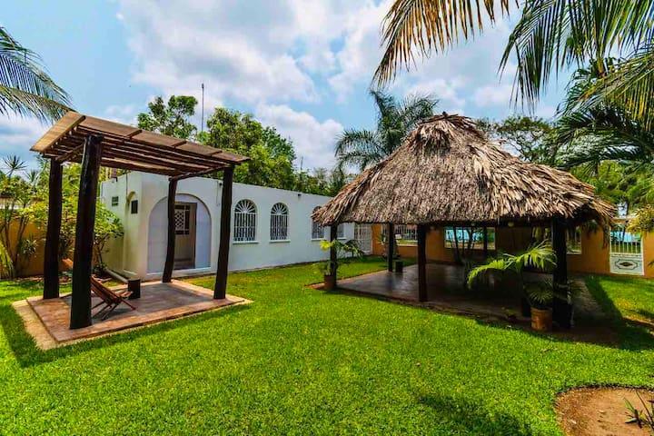 Casa Laguna Milagros, a 20 minutos de Bacalar
